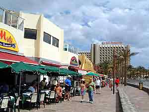 The promenade in front of Veronicas Commercial Centre Playa de las aAmericas
